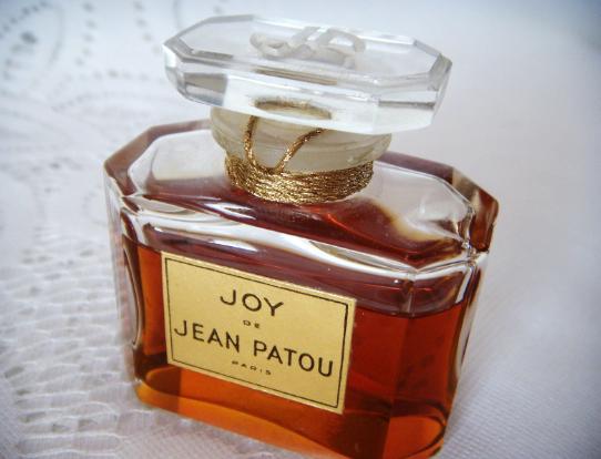 Berikut Adalah 3 Daftar Brand Parfum Mewah